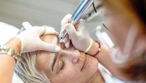 micropigmentação de sobrancelhas para pele madura